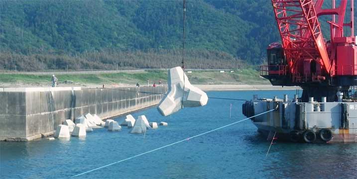 新潟県新潟市巻漁港