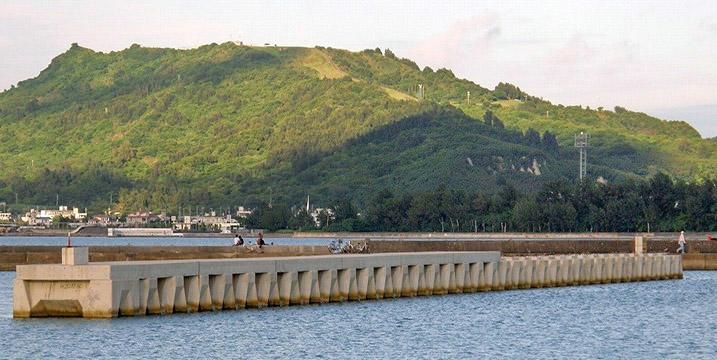 沖縄県南城市中城湾港